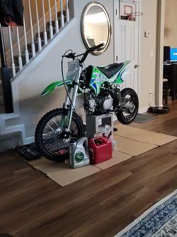 Apollo 2020 125cc Dirt Bike Brand New for Sale in Alpharetta,  GA