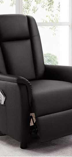 Recliner (Brand New) Still In Box for Sale in Clermont,  FL