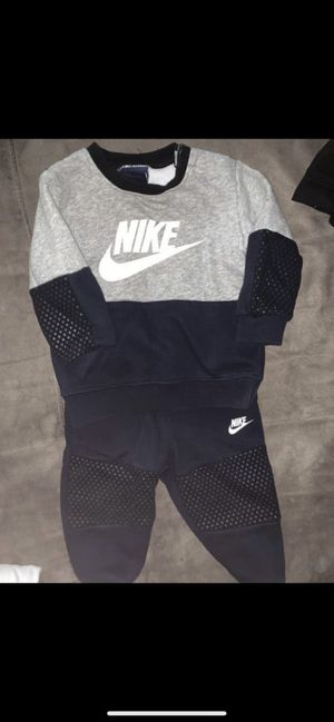 Baby Nike bundle for Sale in Cleveland, OH