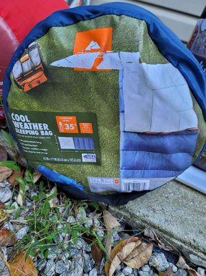 Ozark trail 35° sleeping bag for Sale in Douglasville, GA