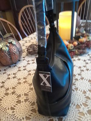 Max N Y leather shoulder bag for Sale in Trenton, NJ