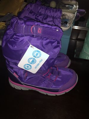 Brand New little girls size 1 Stride Rite winter boots for Sale in Paris, KY