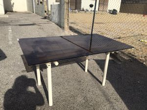 Smoked glass dining table 3x5 for Sale in North Las Vegas, NV