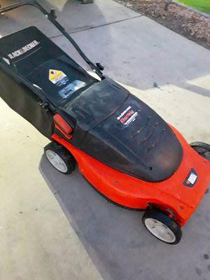 Black & Decker Electric Lawn Mower for Sale in Gilbert, AZ