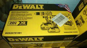 Dewalt 20v hammer drill + impact for Sale in San Antonio, TX