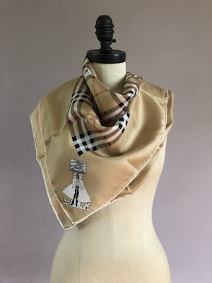 Vintage Burberry Nova check silk scarf. for Sale in Yonkers, NY