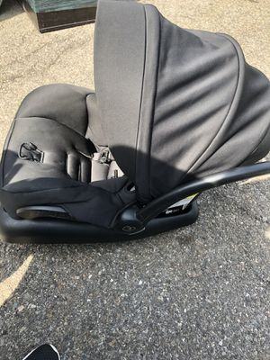 Maxi cosi infant car seat 2015 exp. date 2023 for Sale in Brooklyn, NY