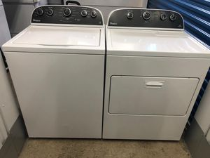 Whirlpool washer and dryer set for Sale in Frederick, MD