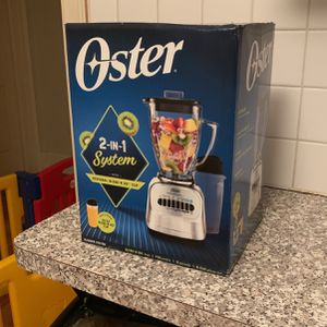 Unopen**Oster 2-in-1 System With Personal Blend-n-go Cup for Sale in Chicago, IL