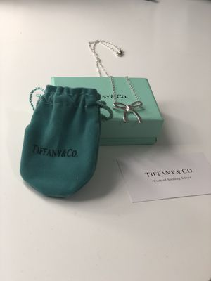 Tiffany & Co. Sterling Silver bow necklace. Never worn. for Sale in Milwaukee, WI