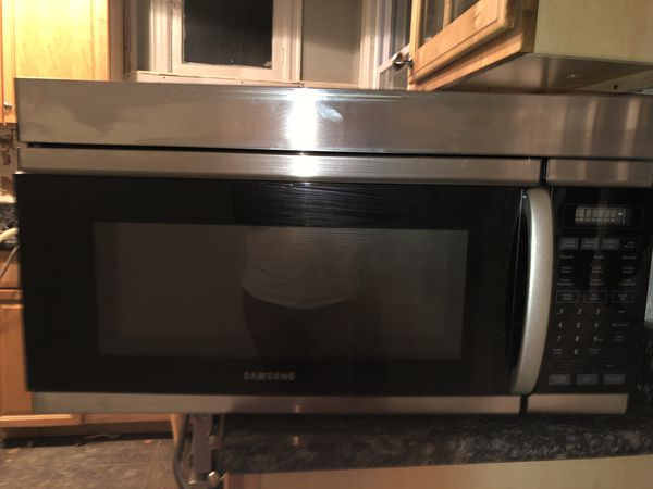 Black Stainless Steel Samsung over the Range Microwave.....$95