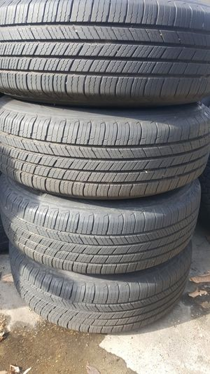 205 70 R15 Michelin tires in Mercedes Benz aluminum wheels for Sale in Santa Fe Springs, CA