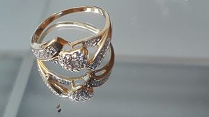 Women 10K Yellow Gold Ring Size 6 for Sale in Long Beach, CA