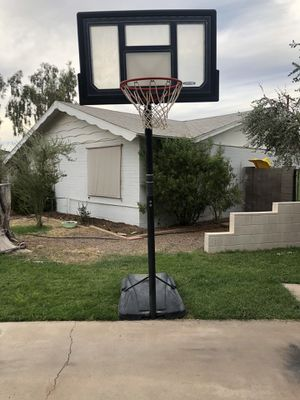 Basketball hoop for Sale in Scottsdale, AZ