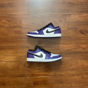 "Air Jordan 1 Low ""Court Purple White"" Size 12 IN HAND BRAND NEW for Sale in Las Vegas, NV"