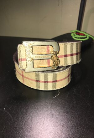 Burberry belt $300 for Sale in Lawrence, MA
