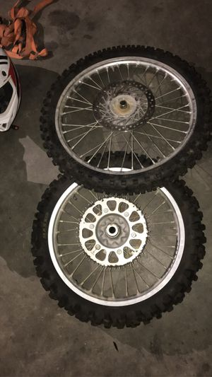 Front and back rim for crf250r for Sale in Wildomar, CA