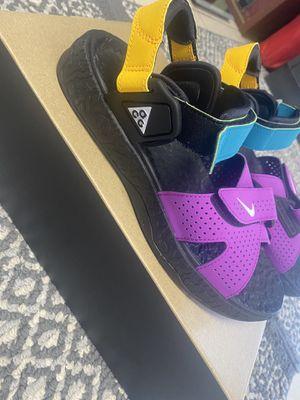 Nike ACG AIR DESCHUTZ SIZE 7 for Sale in Anaheim, CA