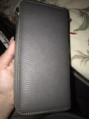 Grey wallet for Sale in Las Vegas, NV