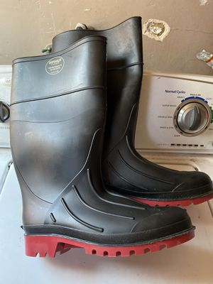 Servus by Honeywell Rubber Work Boots size 10 for Sale in Oakland, CA