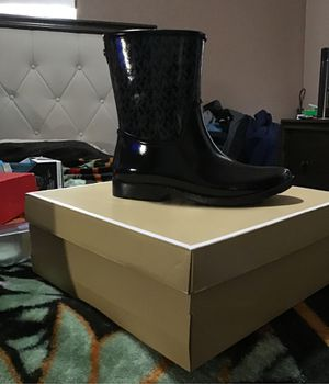 Michael Kors Rain Boots for Sale in East Los Angeles, CA