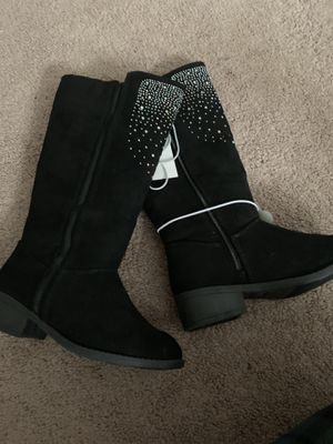 Girls boots. Sizes 13, 1, 3 for Sale in Brook Park, OH