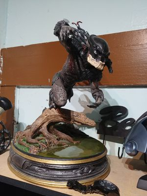 Predator Berserker statue for Sale in Alhambra, CA