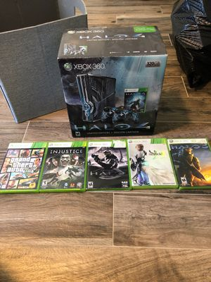 Halo 4 Xbox 360 special addition includes games and controller for Sale in Waller, TX