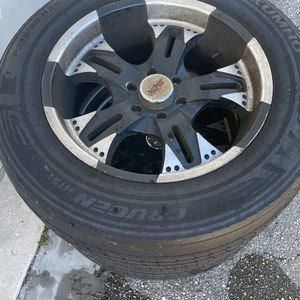 Used Tires And Rims , Ford F150 04 And Up for Sale in Pompano Beach, FL