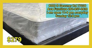 queen mattress and box for Sale in Houston, TX