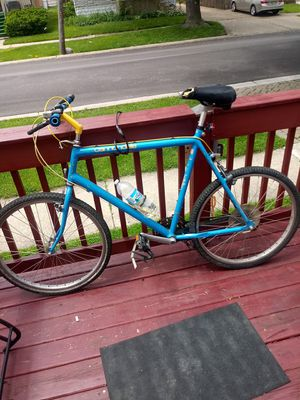 Cannondale 26' mountain bike i can deliver for Sale in Schiller Park, IL