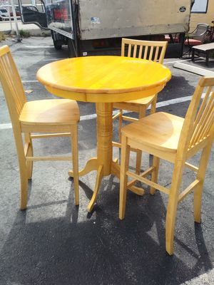 PUB TABLE for Sale in Oakland Park, FL