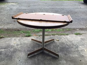 Kitchen table for Sale in Puyallup, WA