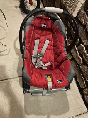 Car seat Chico for Sale in Rancho Cucamonga, CA