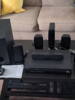 Samsung 5.1 Home Theater Surround Sound for Sale in Clementon,  NJ