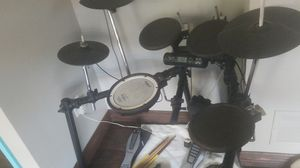 Electronic Drum set Roland TD-4. Year old !! for Sale in Coppell, TX