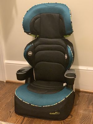 Evenflo Car seat with 2 cup holders for Sale in Atlanta, GA