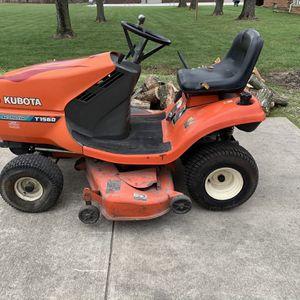Kubota Lawn Tractor Runs Good Curts Good Small Oil Leak Rear Axle for Sale in South Lyon, MI