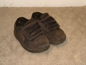 KIDS ETNIES SHOES size 6T for Sale in Austin, TX