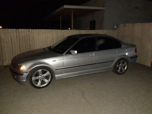 BMW 325i 20 04 200k or trade for moter cycle for Sale in Tucson, AZ