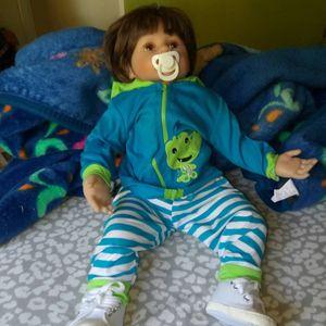 Baby doll for Sale in San Bernardino, CA