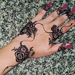 Henna/ mehndi for all types of events for Sale in Stockton, CA