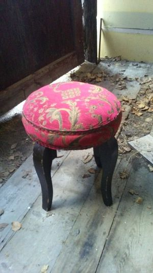 Antique stool for Sale in Backus, MN
