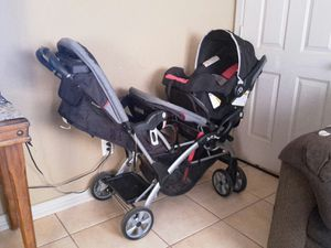 Baby trend Doble stroller car seat and base for Sale in Glendale, AZ