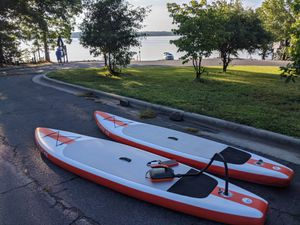 Inflatable stand up paddle board (iSUP) for Sale in Durham, NC