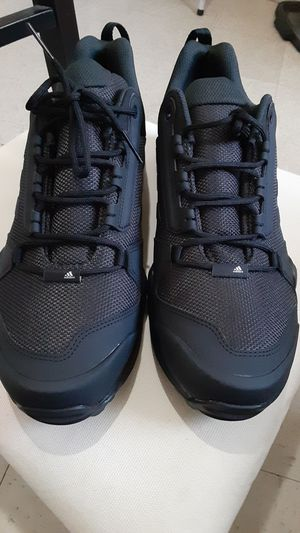 Adidas terrex size 13. Mens for Sale in Chicago, IL