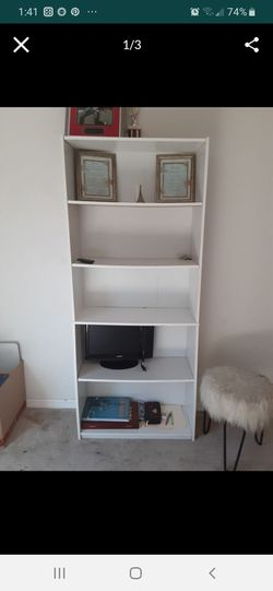 Bookshelf for Sale in Hudson,  FL