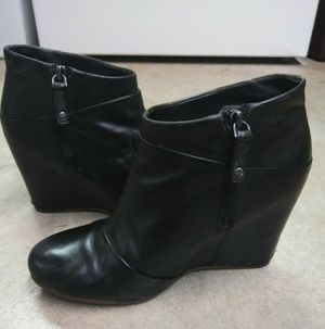 Ugg Black Leather Wedge Ankle Boots Women's 8.5 (39.5) for Sale in Tacoma, WA