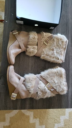 Bebe Geenna Faux Fur Boots Size 10 for Sale in Largo, FL