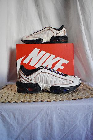 Nike Air Max Tailwind IV   Sz. 9M   DS   MSRP $180 for Sale in Chino Hills, CA